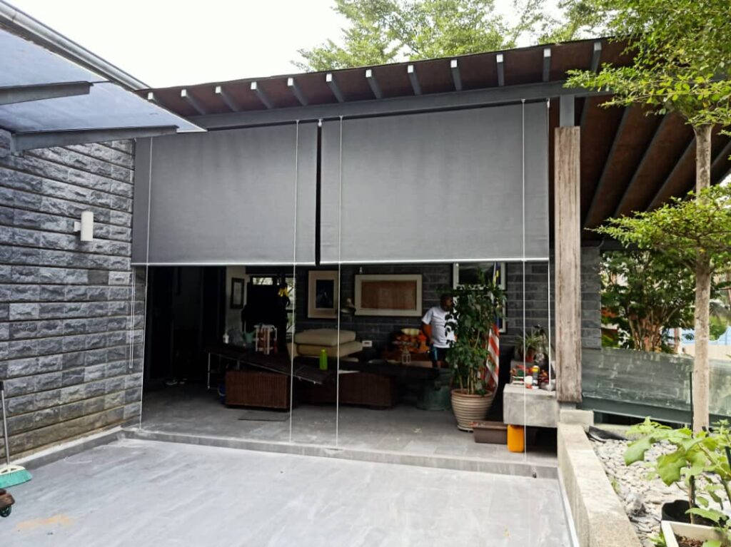 outdoor waterproof and windproof roller blinds