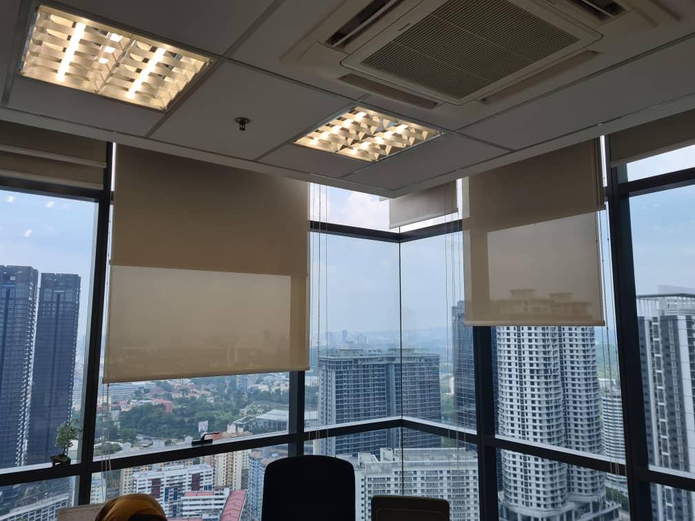 office roller sunscreen blinds