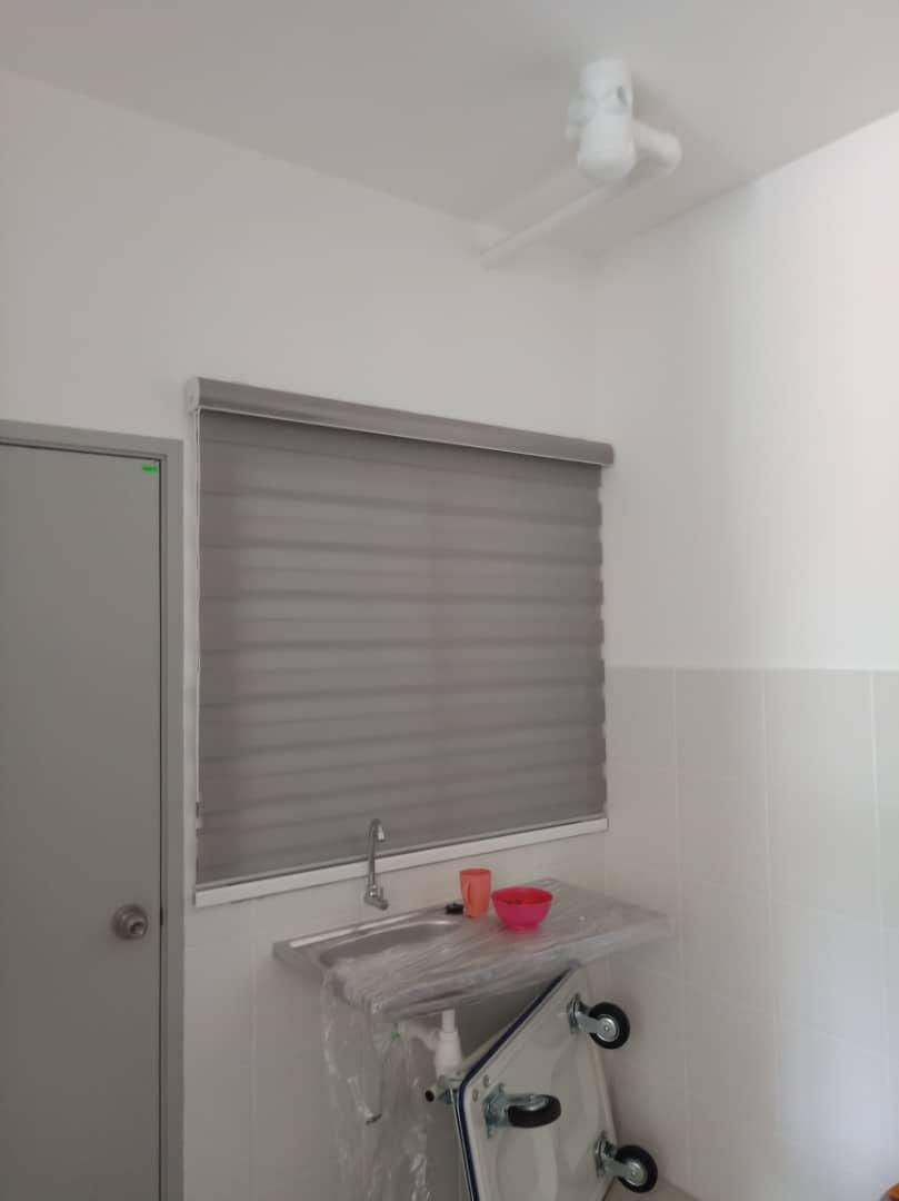 kitchen zebra blinds