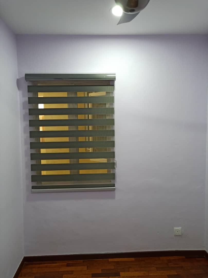 small zebra blinds